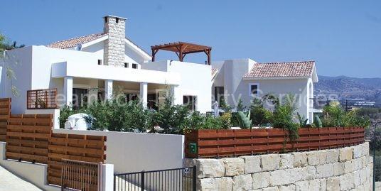 2 Bedroom Luxury Villa In Monagroulli, Limassol