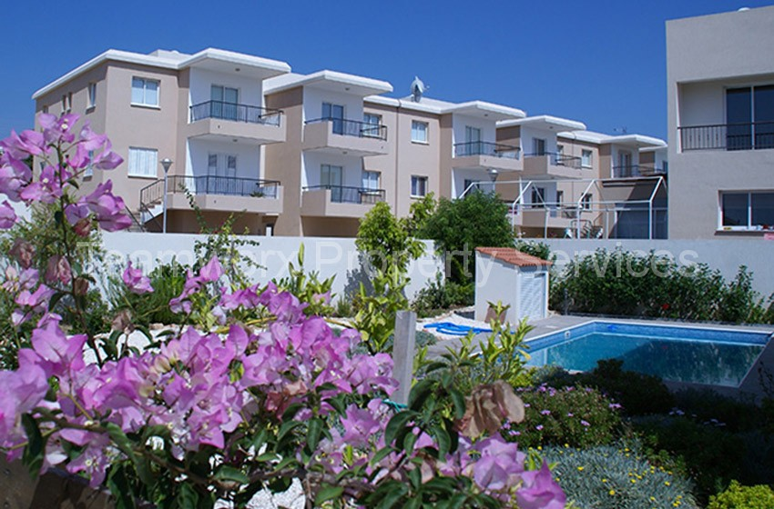 2 Bedroom Apartment For Sale in Konia Village, Paphos