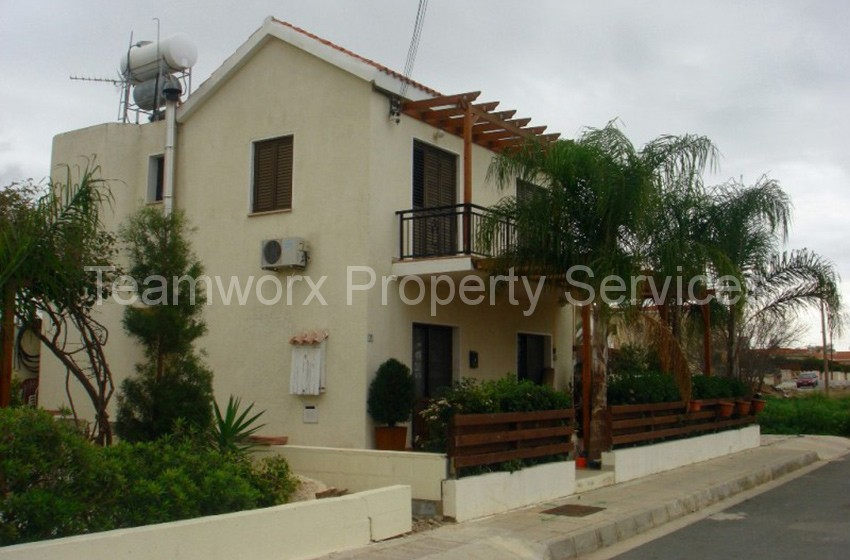 4 Bedroom House For Rent In Emba, Paphos