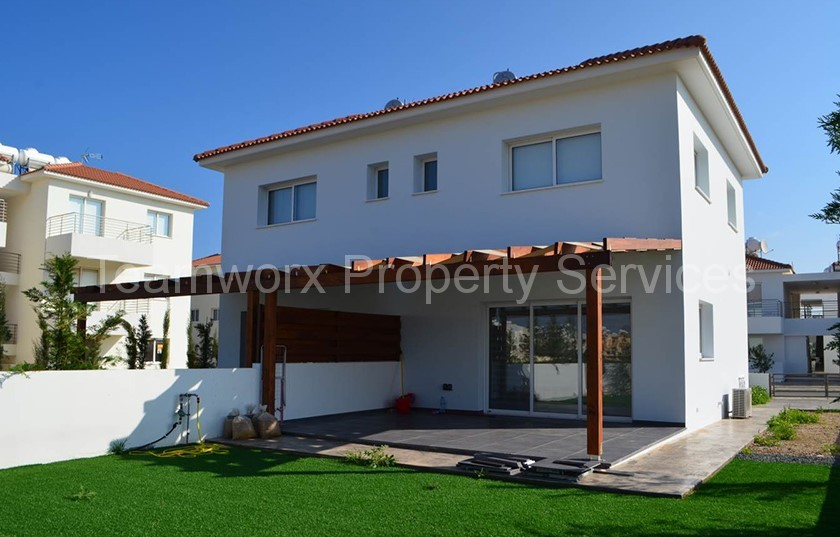 2 bedroom townhouse for sale in kapparis famagusta buy cyprus property. Black Bedroom Furniture Sets. Home Design Ideas