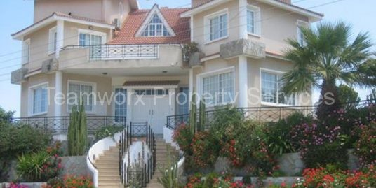 6 Bedroom Exclusive Villa For Sale In Makedonitissa, Nicosia
