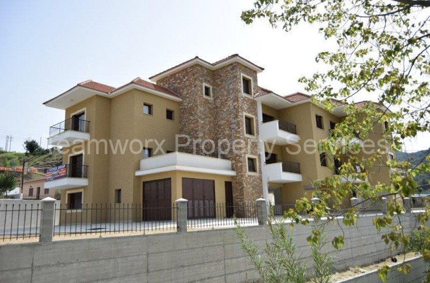RIVER-COURT-2-BEDROOM-FLAT--(18)
