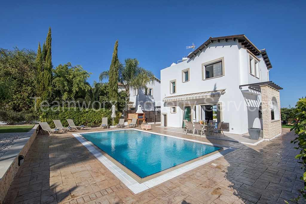 Three bedrooms Fantastic villa in Protaras