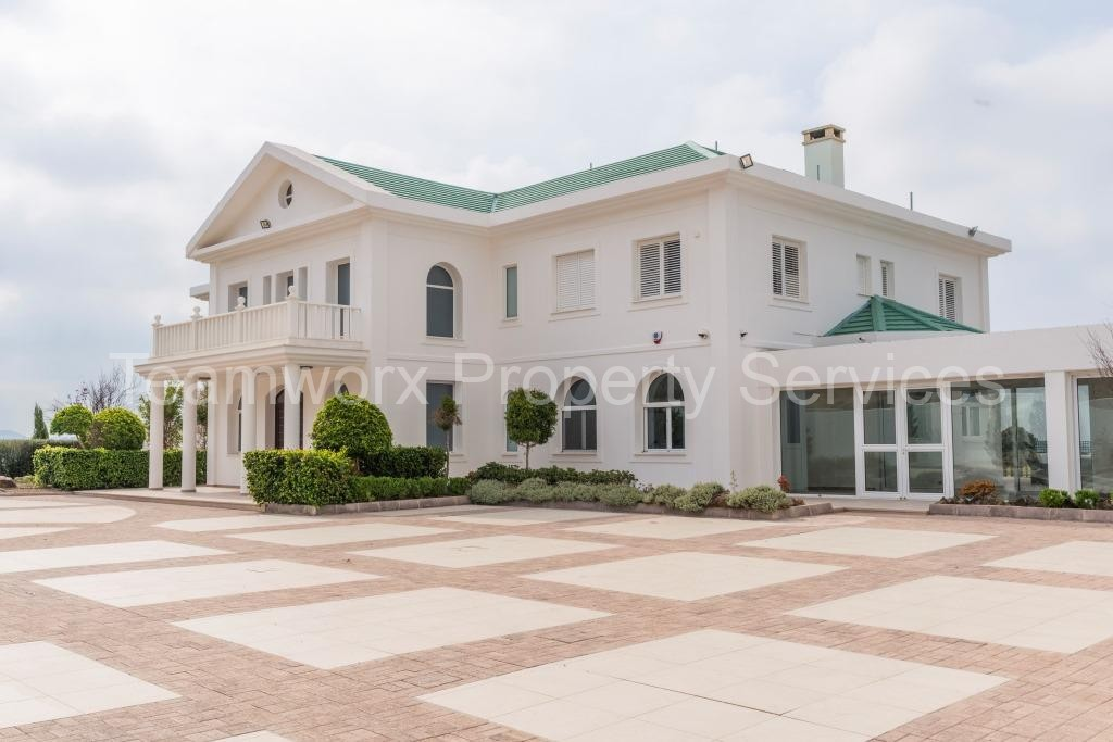 7 Bedroom Villa for Sale in Limassol / Cyprus
